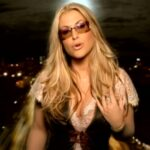 Anastacia - Left Outside Alone (2004)(Videoklip)